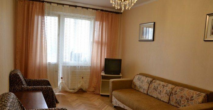 2-комнатная квартира посуточно в Никополе. ул. Шевченко, 109. Фото 1