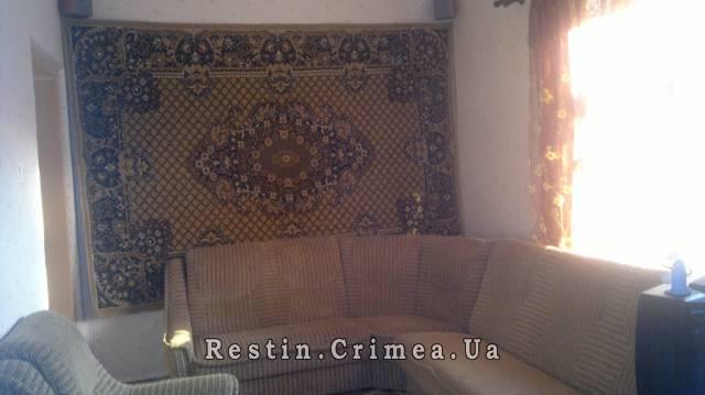 3-комнатная квартира посуточно в Евпатории. пер.тимирязква, 4а. Фото 1