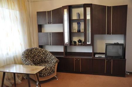 2-комнатная квартира посуточно в Киеве. Печерский район, б-р Леси Украинки, 30а. Фото 1