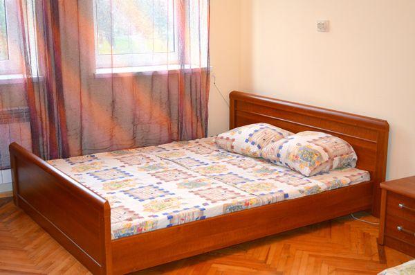 1-комнатная квартира посуточно в Львове. Шевченковский район, ул. Клепаровская, 28. Фото 1