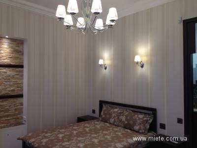 1-комнатная квартира посуточно в Хмельницком. пр-т Мира, 65. Фото 1