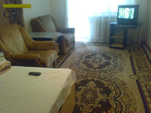 1-комнатная квартира посуточно в Николаеве. Ленинский район, проспект Мира , 19. Фото 1