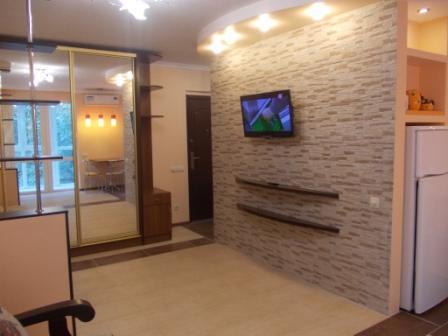 1-комнатная квартира посуточно в Гурзуфе. ул. Соловьёва, 4. Фото 1