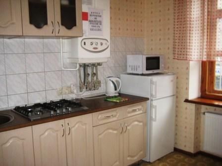 2-комнатная квартира посуточно в Кременчуге. ул. Ленина, 11. Фото 1