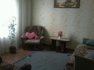 1-комнатная квартира посуточно в Шостке. ул. Мира, 51. Фото 1