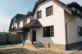 Дом  посуточно в Симферополе. Центральный район, ул. Анатровская, 2. Фото 1
