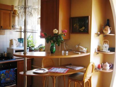 2-комнатная квартира посуточно в Одессе. Приморский район, ул. Пироговская, 7/9. Фото 1