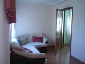 2-комнатная квартира посуточно в Донецке. Ворошиловский район, ул. Набережная, 159. Фото 1