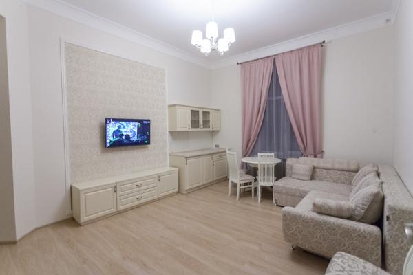 2-комнатная квартира посуточно в Харькове. Киевский район, ул. Сумская, 46. Фото 1