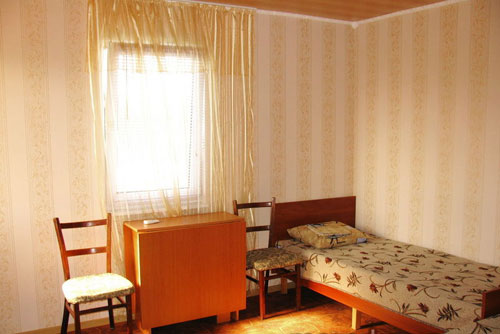 Мини-отель  посуточно в Геническе. ул. Виноградная, 6а. Фото 1