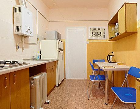 1-комнатная квартира посуточно в Львове. Лычаковский район, ул. Лычаковская, 22. Фото 1