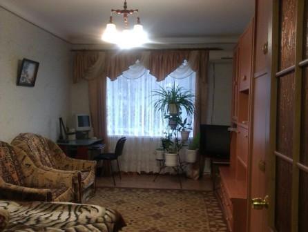 3-комнатная квартира посуточно в Приморском. ул. Советская, 7. Фото 1