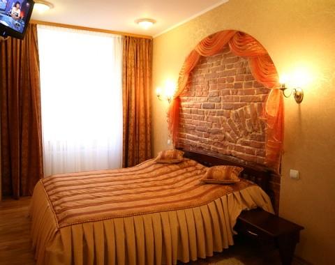 2-комнатная квартира посуточно в Львове. Галицкий район, ул. Староеврейская, 11. Фото 1