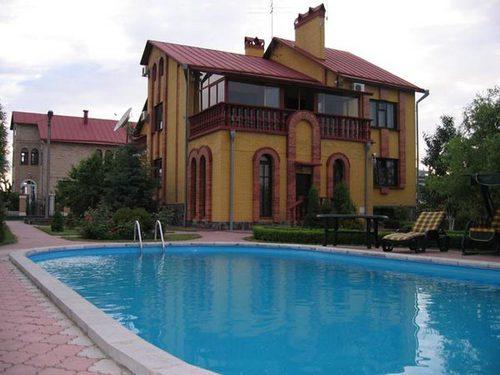 Дом  посуточно в Киеве. г. Борисполь. Фото 1