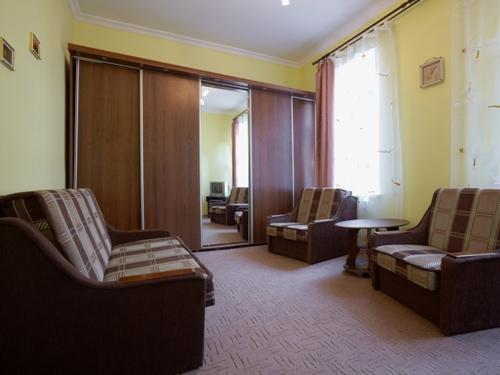 1-комнатная квартира посуточно в Львове. Галицкий район, ул. П. Дорошенка, 35. Фото 1