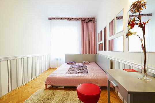 2-комнатная квартира посуточно в Львове. Галицкий район, ул. Жижки, 3. Фото 1