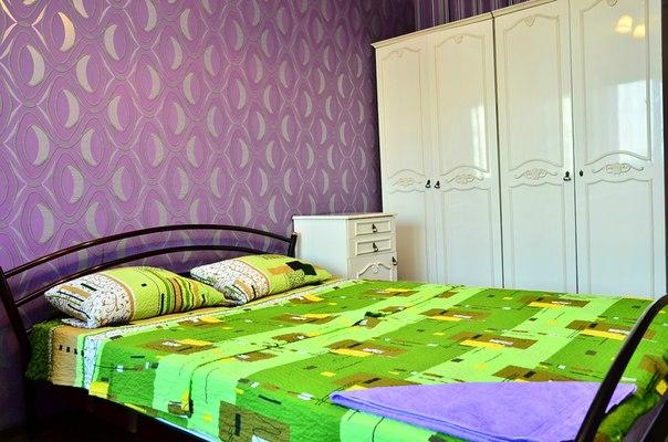 3-комнатная квартира посуточно в Киеве. Печерский район, ул. Леси Украинки, 19. Фото 1
