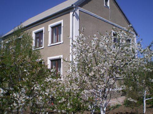 Дом  посуточно в Одессе. Приморский район, пос.НАТИ ул.Королева, 39. Фото 1