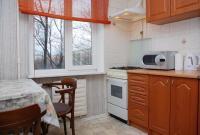 2-комнатная квартира посуточно в Киеве. Днепровский район, ул. Челябинская, 3. Фото 1