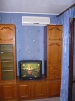 4-комнатная квартира посуточно в Черкассах. ул. Одеская, 10. Фото 1