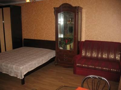 1-комнатная квартира посуточно в Севастополе. Ленинский район, Мичурина, 12. Фото 1