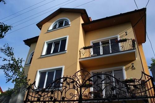 Дом  посуточно в Трускавце. ул. Стебницкая, 26. Фото 1