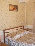 Комната  посуточно в Бердянске. ул. Энгельса, 1. Фото 1
