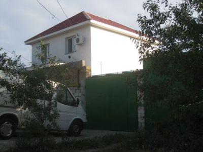 Дом  посуточно в Севастополе. Нахимовский район, ул. Пластунская, 134. Фото 1