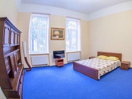 3-комнатная квартира посуточно в Львове. Галицкий район, ул. Техническая, 6. Фото 1