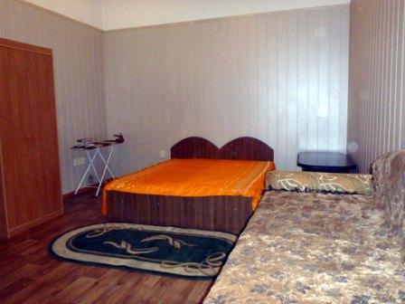 2-комнатная квартира посуточно в Львове. Лычаковский район, ул. Пекарская, 16. Фото 1