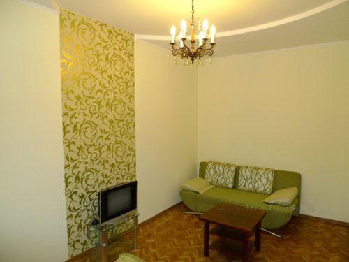 2-комнатная квартира посуточно в Львове. Галицкий район, ул. Краковская, 30. Фото 1