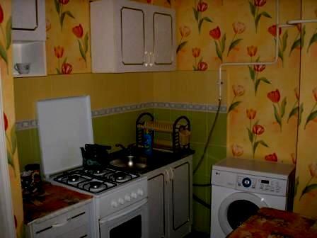 1-комнатная квартира посуточно в Евпатории. пр Ленина, 52. Фото 1