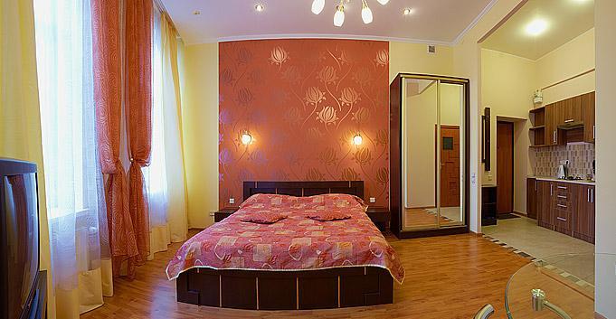 1-комнатная квартира посуточно в Львове. Галицкий район, ул. Дрогобыча, 9. Фото 1