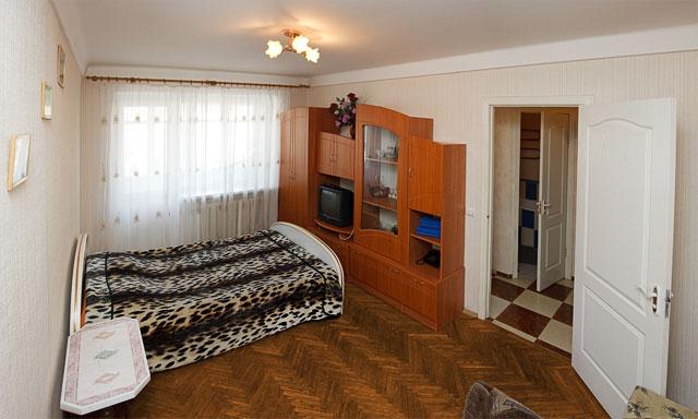 1-комнатная квартира посуточно в Киеве. Печерский район, ул. Мечникова, 8. Фото 1