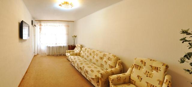 2-комнатная квартира посуточно в Николаеве. Центральный район, пр-т Ленина, 173. Фото 1