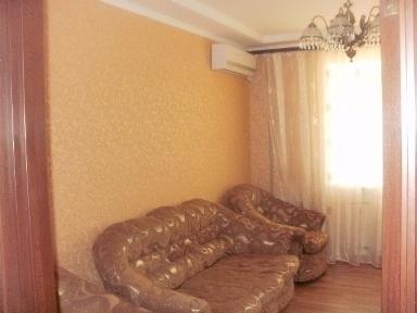 3-комнатная квартира посуточно в Одессе. Приморский район, ул. Осипова, 37. Фото 1