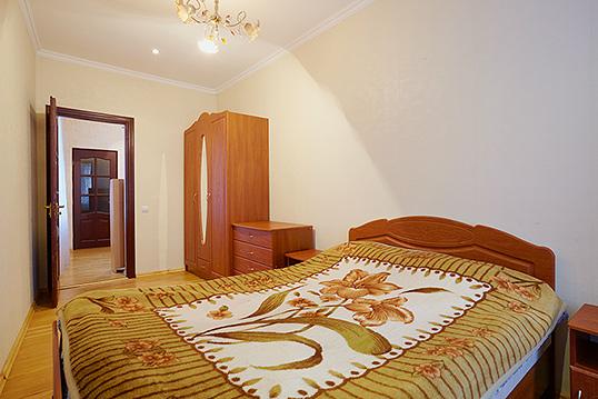 1-комнатная квартира посуточно в Львове. Галицкий район, пл. Вечевая, 1. Фото 1