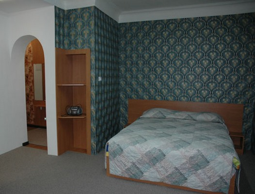 1-комнатная квартира посуточно в Симферополе. Киевский район, ул. Шмидта, 3. Фото 1