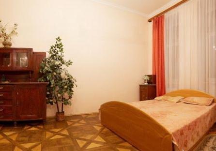 2-комнатная квартира посуточно в Львове. Галицкий район, ул. Котлярская, 8. Фото 1