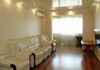 3-комнатная квартира посуточно в Судаке. ул. Бирюзова, 58. Фото 1