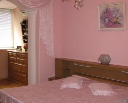 2-комнатная квартира посуточно в Одессе. Приморский район, ул Маршала Говорова, 15а. Фото 1