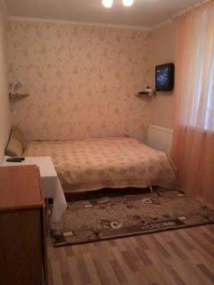 2-комнатная квартира посуточно в Каменце-Подольском. ул. Татарская, 12. Фото 1