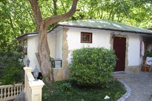 Дом  посуточно в Гаспре. Алупкинское шоссе, 78. Фото 1