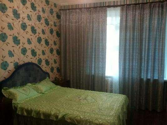 2-комнатная квартира посуточно в Полтаве. Киевский район, ул. Пушкина, 88. Фото 1