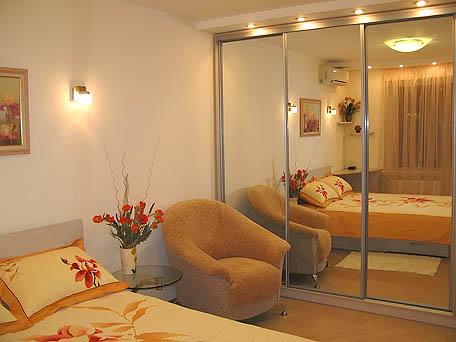 1-комнатная квартира посуточно в Киеве. Печерский район, ул. Гусовского, 2. Фото 1
