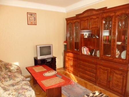 2-комнатная квартира посуточно в Киеве. Днепровский район, русановская набережная, 22. Фото 1