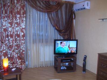1-комнатная квартира посуточно в Житомире. ул. Львовская, 2. Фото 1
