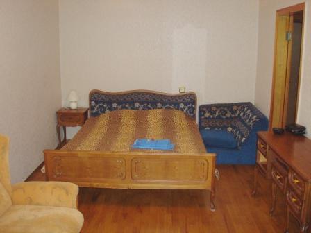 1-комнатная квартира посуточно в Одессе. Приморский район, ул. Пушкинская, 44. Фото 1