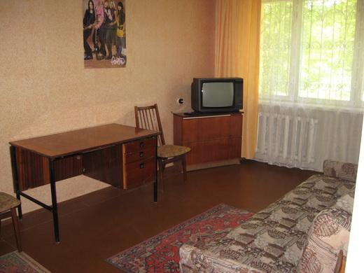 1-комнатная квартира посуточно в Севастополе. Нахимовский район, ул. Богданова, 29. Фото 1