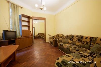 1-комнатная квартира посуточно в Львове. Галицкий район, Кривоноса, 35. Фото 1